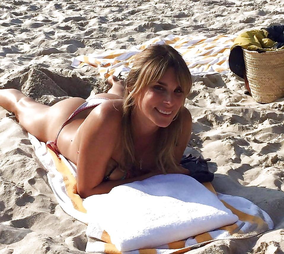 Naked claudelle deckert Claudelle Deckert