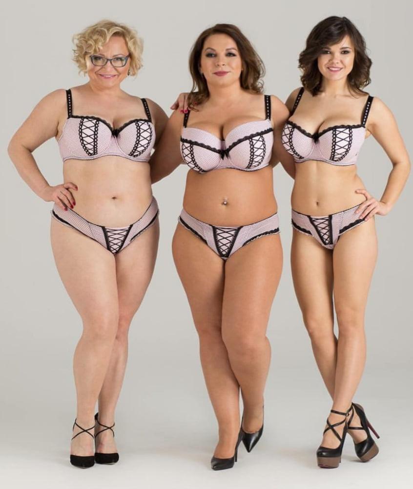Full Figure Body Mature Nudes
