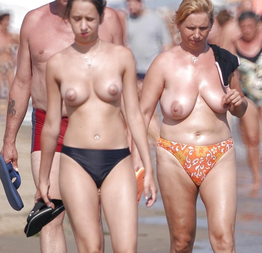 blowjob-beach-bikini-boob-flash-videotures