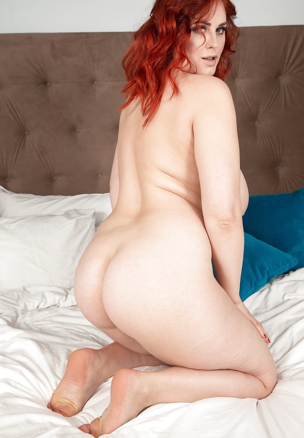 Fat ass red head — img 14