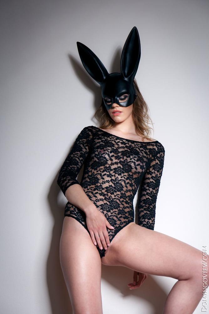 Mia Luna my horny body is ready Domingoview