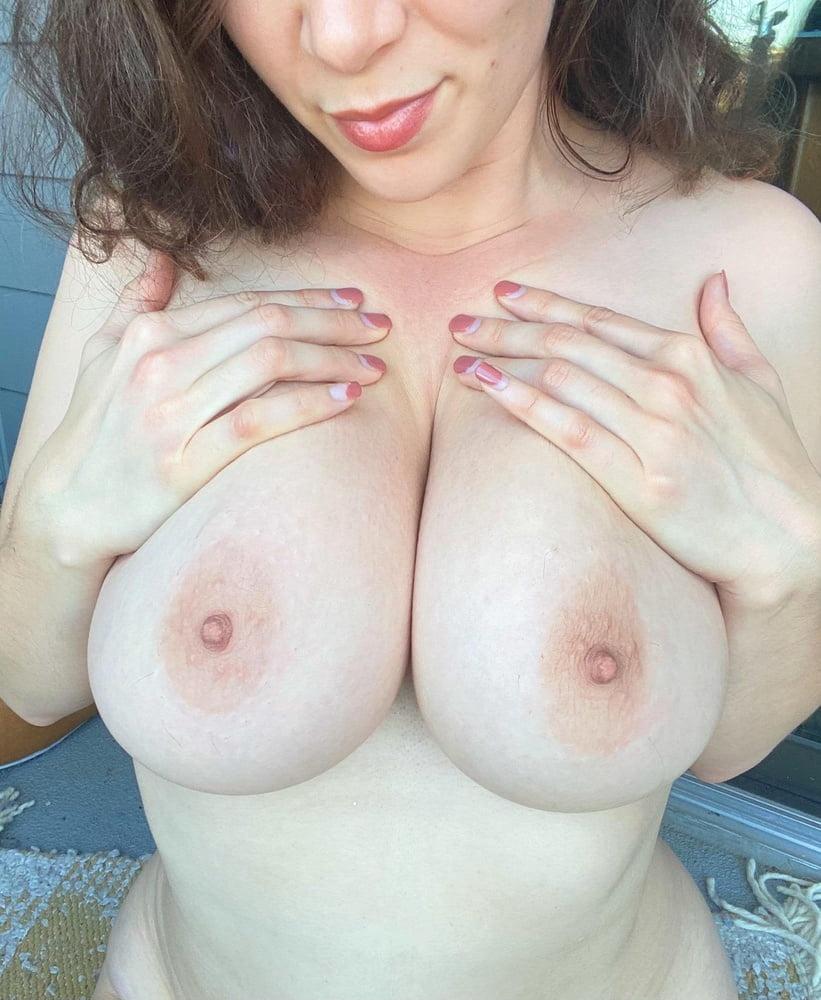 Sagging huge tits-4355