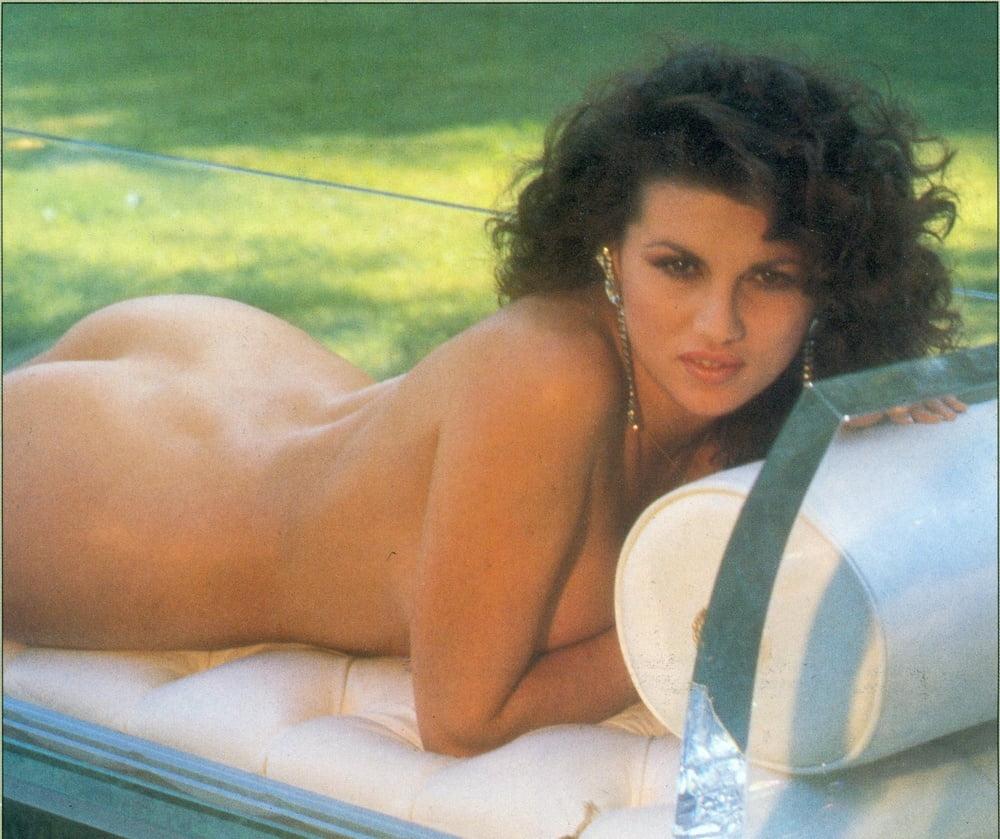 Free Preview Of Serena Grandi Naked In Monella
