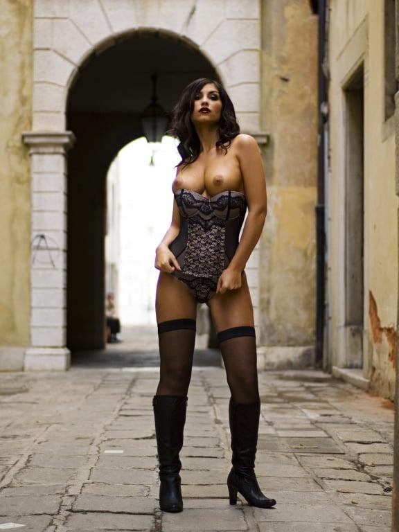 Stefanescu nackt  Maria Cristina PLAYBOY 04