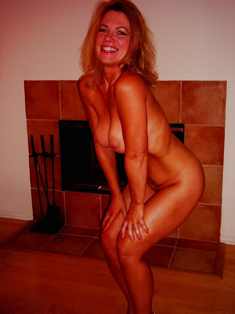 Mrs bikini contests