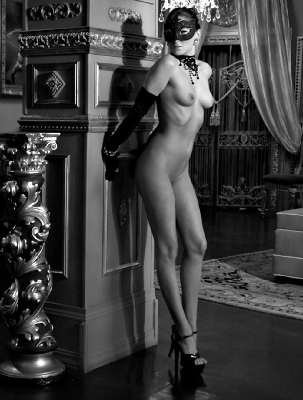 Эротические маски викторианского стиля, порно каблучки лесбиянки