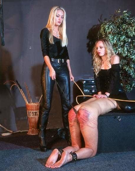 Femdom spanking galleries