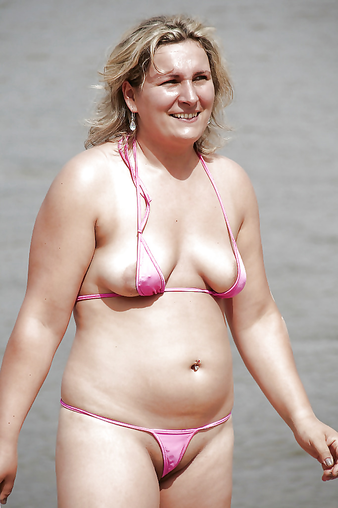 swimming Fat suits girl