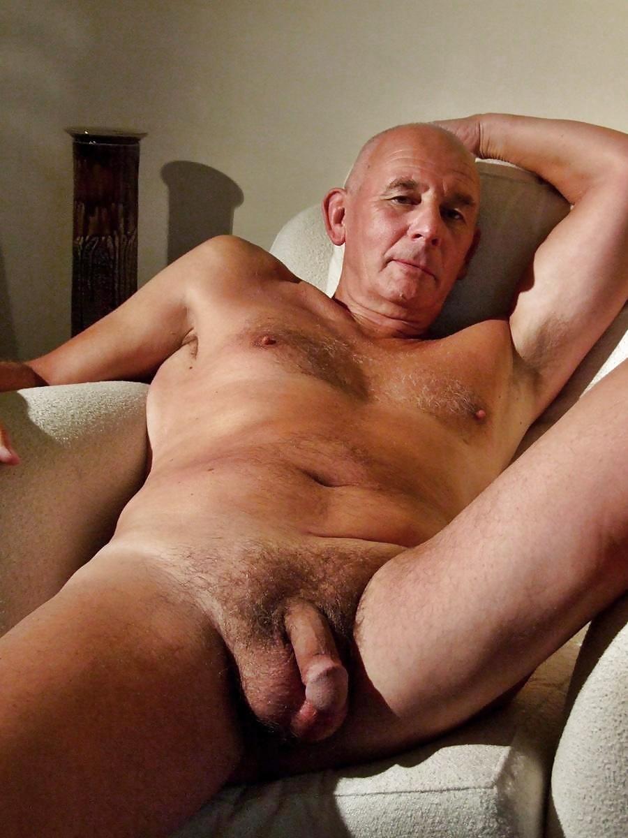 Oldman naked hot — photo 10