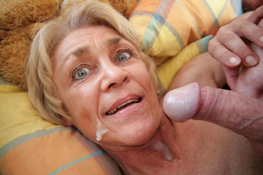 indian-granny-cum-facedtures-couple