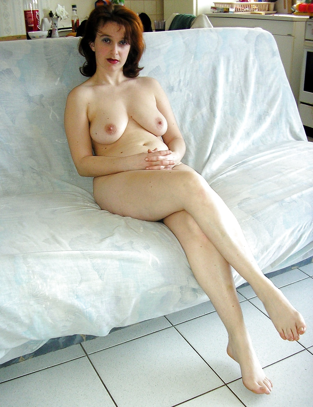 Naked lonely milf, cheerleader nipples