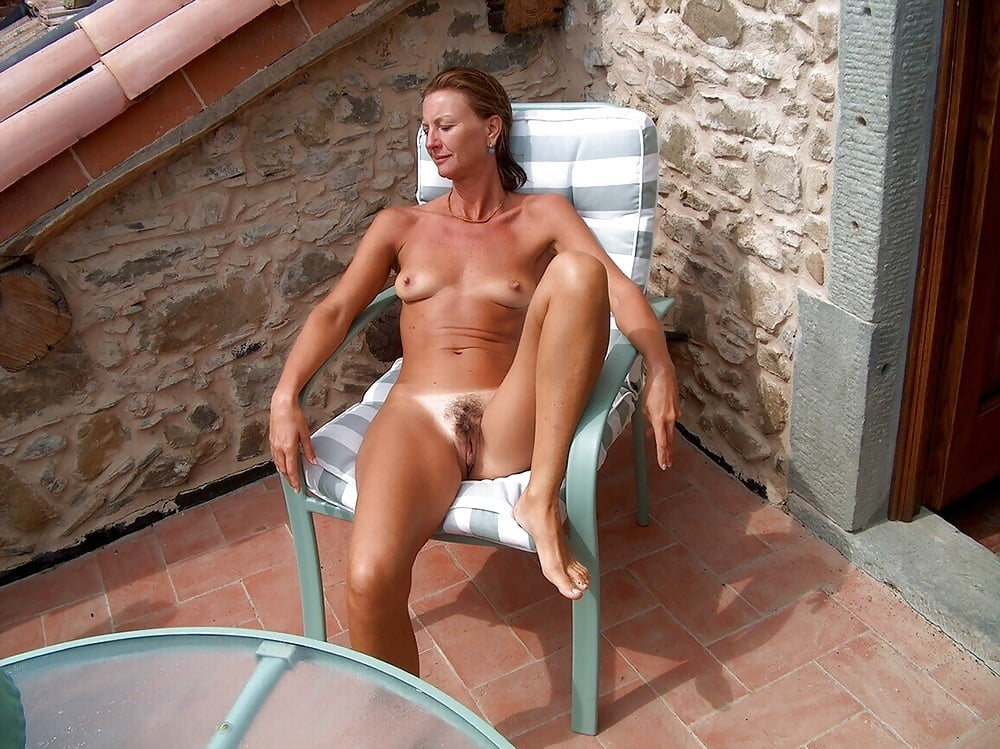 Hot horny naked wives-2551