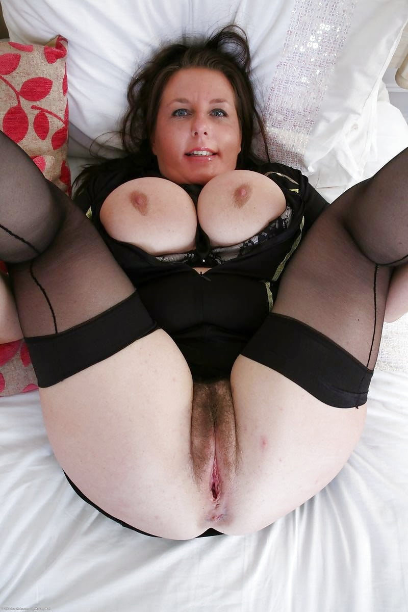 Thick and hairy women-5292