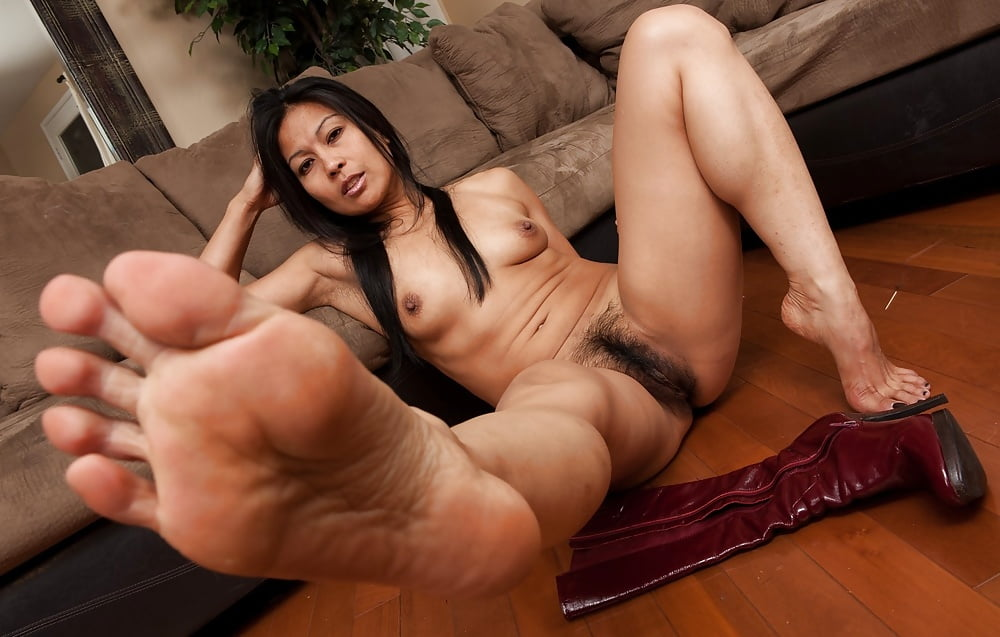 asian-porn-foot-fetish