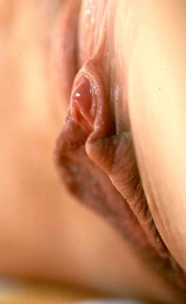 Thesandfly pussy on display please photo gallery
