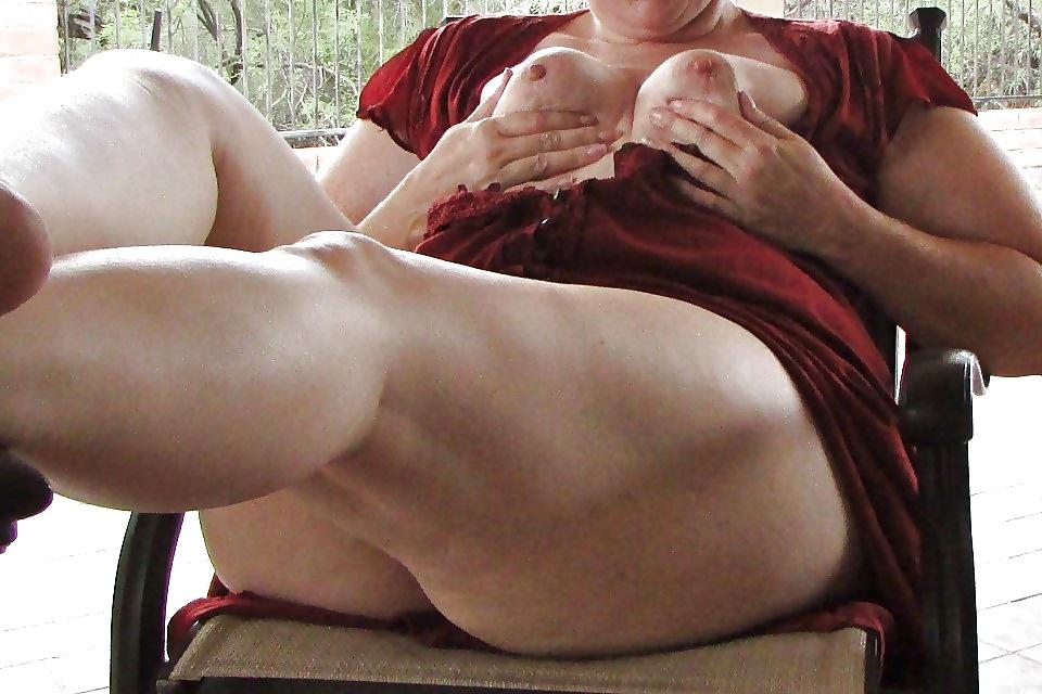 Candid Mature Upskirt - Panty Voyeur - Sexy Ass Milf - 44 -3146
