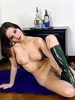Thigh high boots porn pictures