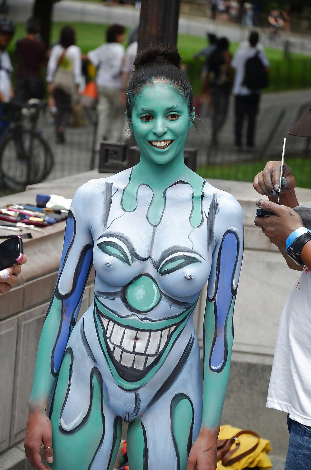 nude-body-paint-gallery