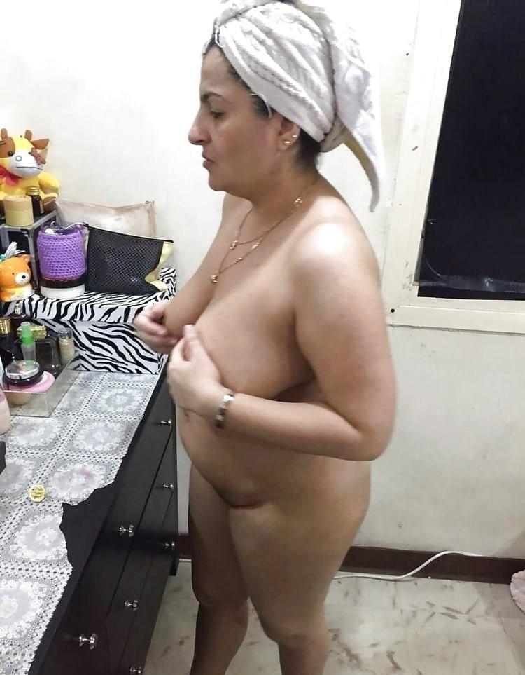 Kamaljeet Aunty Punjabi show nude #8 - 15 Pics