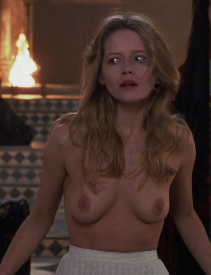 Free Preview Of Laure Marsac Naked In Interview With The Vampire