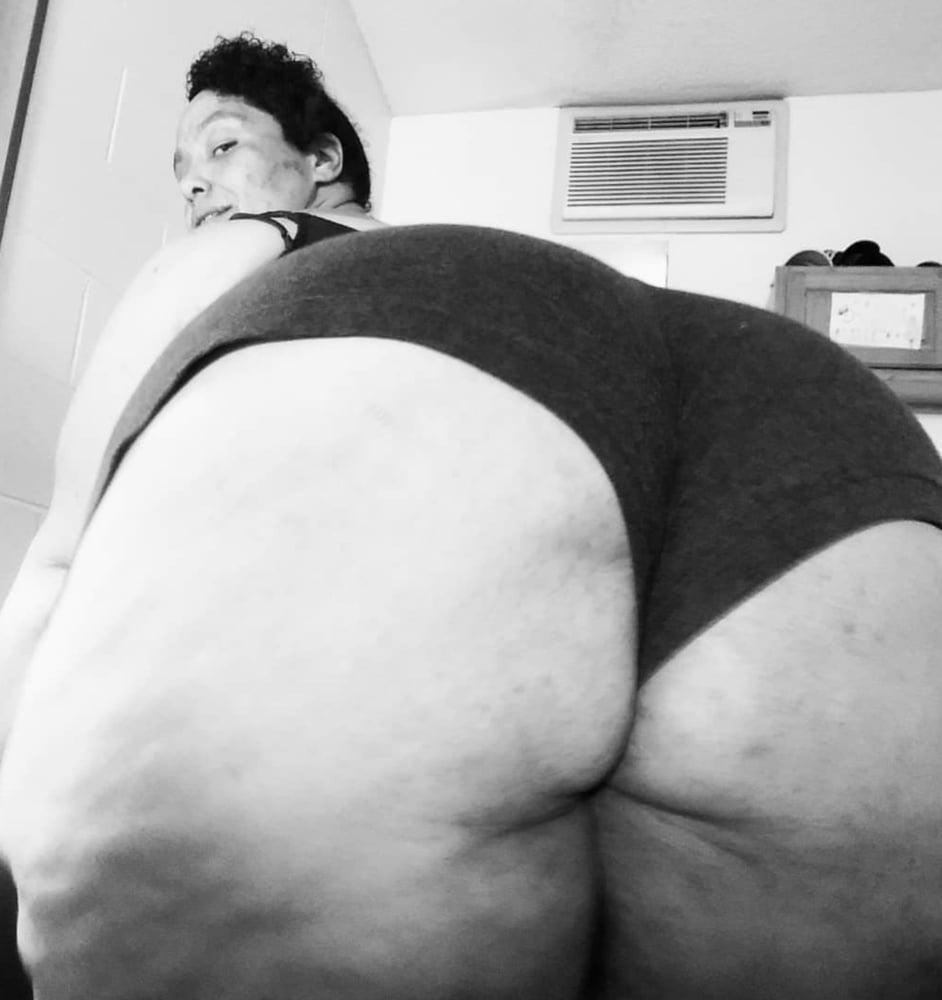Black bbw huge booty