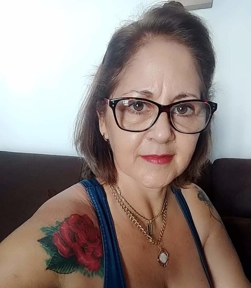 Amateur granny - 13 Pics