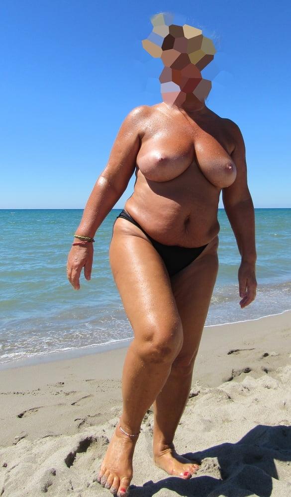 Chubby blonde anal porn