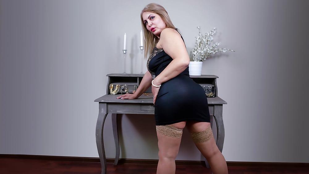 Cougar porn black-8973