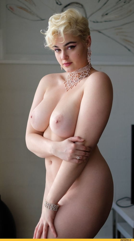 See and Save As stefania ferrario porn pict - 4crot.com