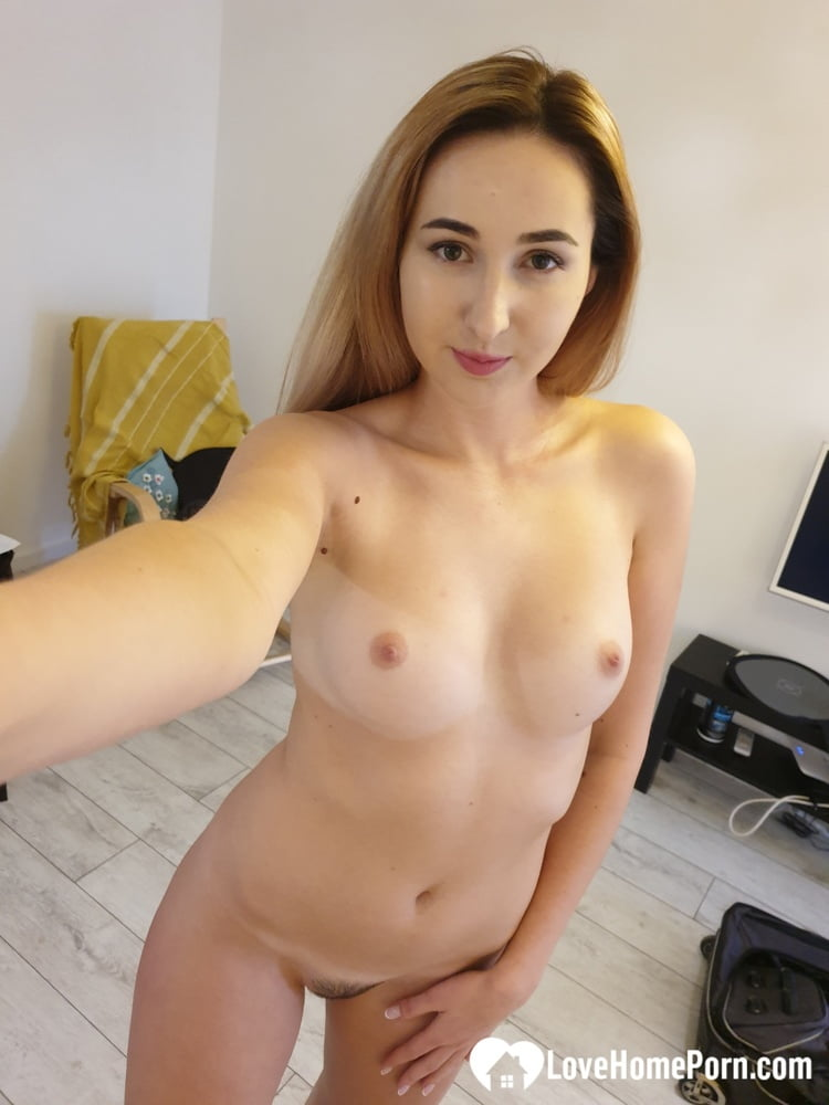 Just some hot nudes from the hotel room - 30 Pics
