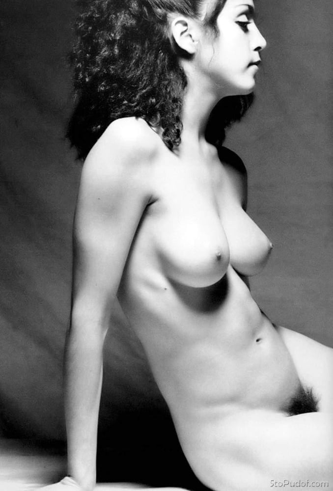 Celebrity Nude And Famous