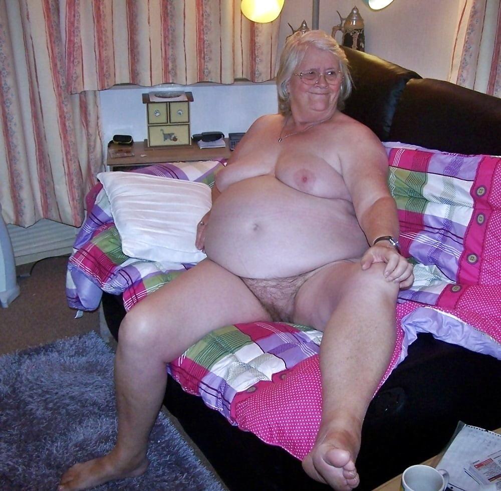 Mature Fat Granny Nude