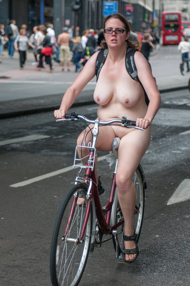 fat-girl-naked-on-a-bike-naked-naruto-videos