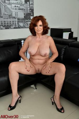 amateur big tits hot milf small slutty