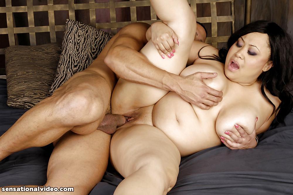 Порно ролики китаянки толстушки сосет