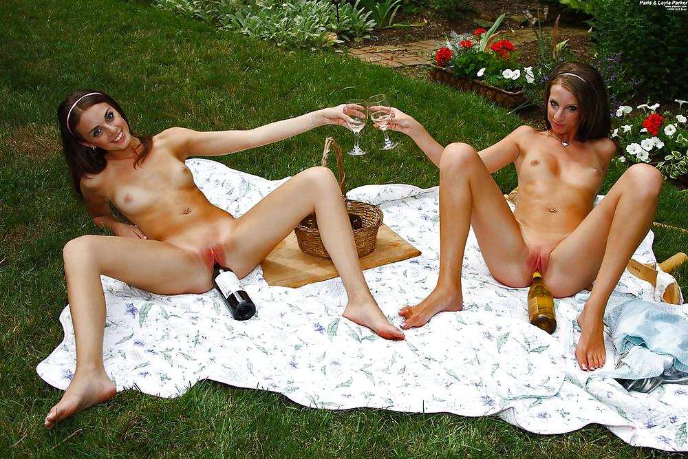 Golden live sex shower