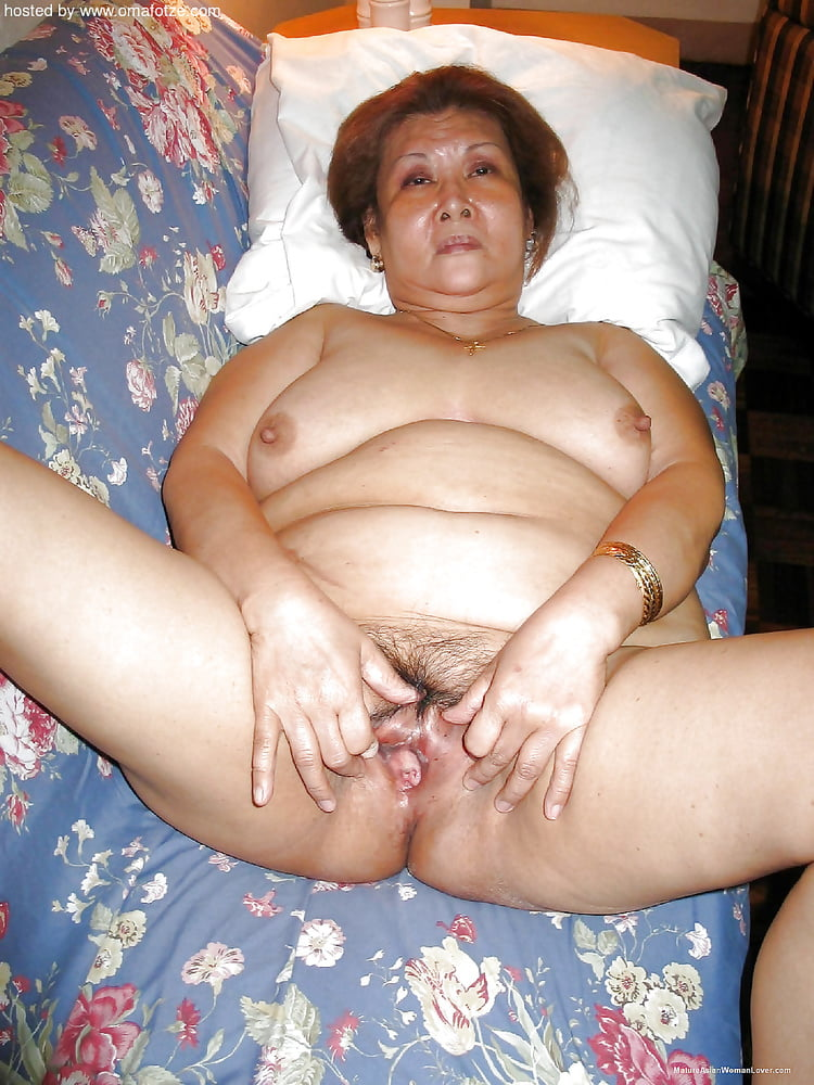 Two Asian Granny Lesbians Lick Each Others Pussy