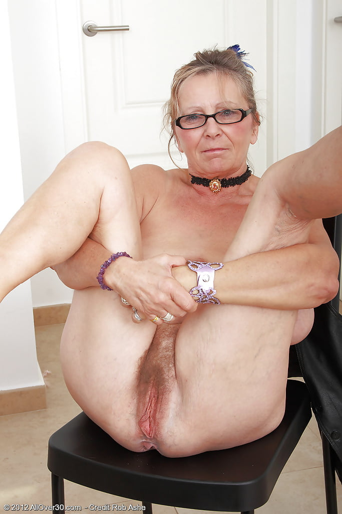 Spread Mature And Granny - 18 Pics  Xhamster-6237