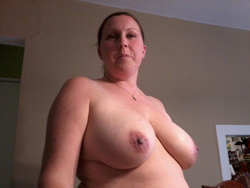 US Milf with big boobs - 15 Pics