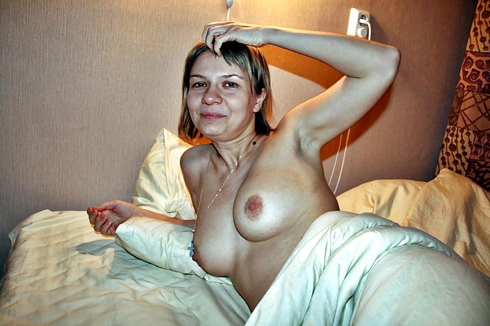 секс-игрушки изогнута присланное фото голой зрелой жены дамой неопытного деда