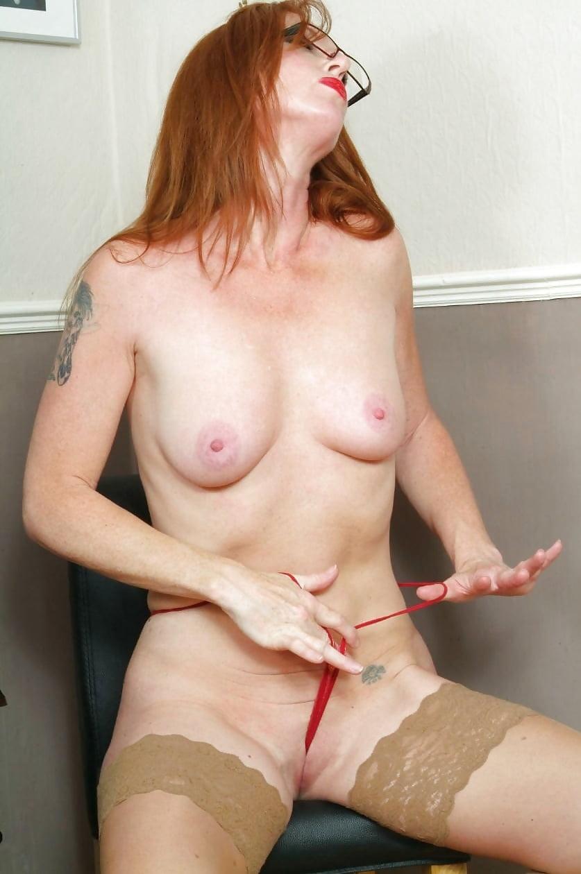 redhead-wife-nude-in-heels-w-w-w-uae-sex-photos