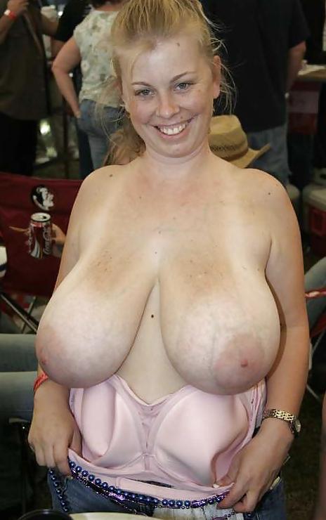 Big white tits webcam