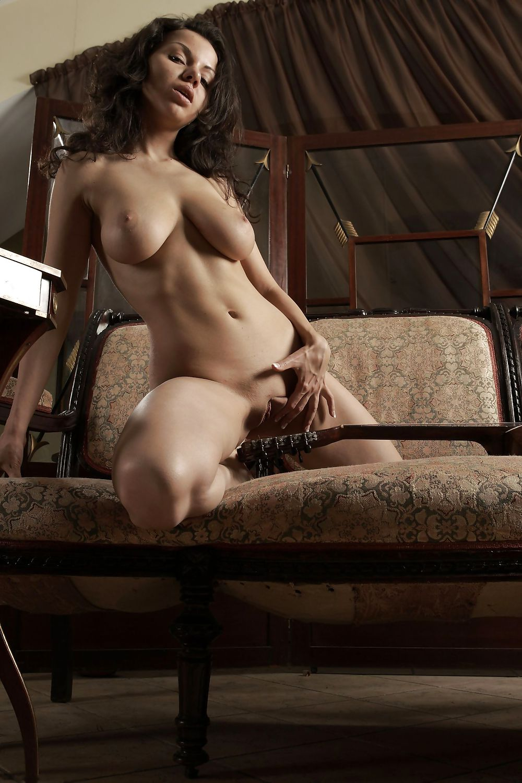 naked-katja
