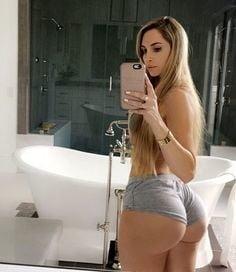 Big butt transexual