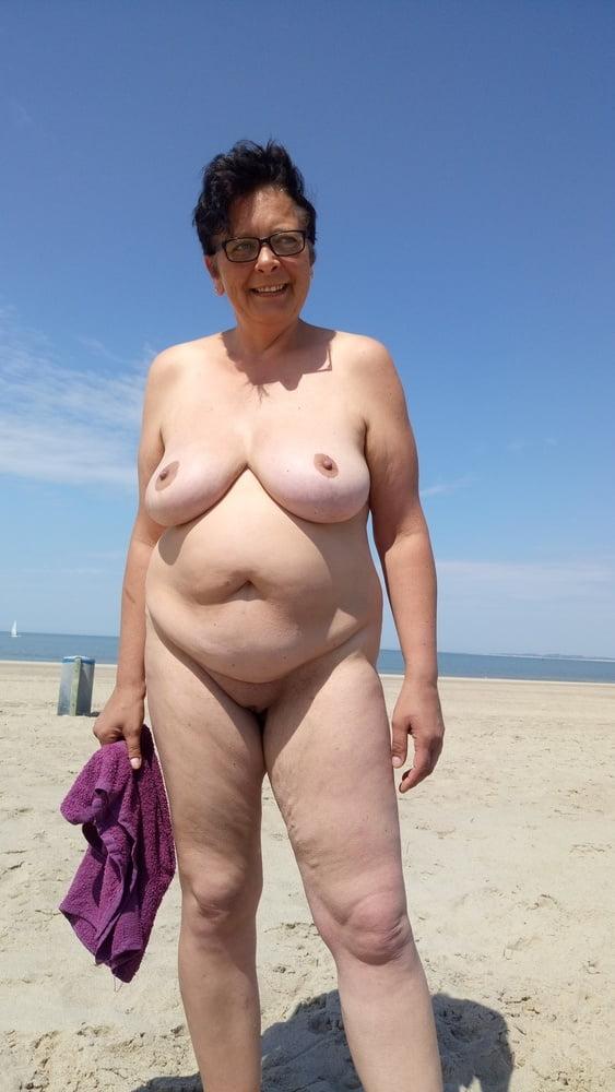 Cubanos desnudos foto gay Family guy adult swim rooms in house skinny amateur ebony
