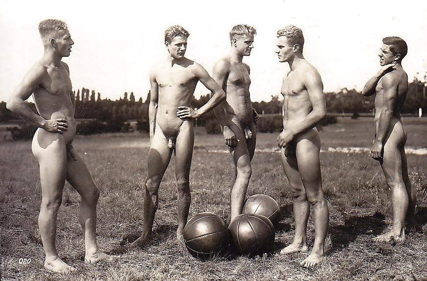 nude-germans-men