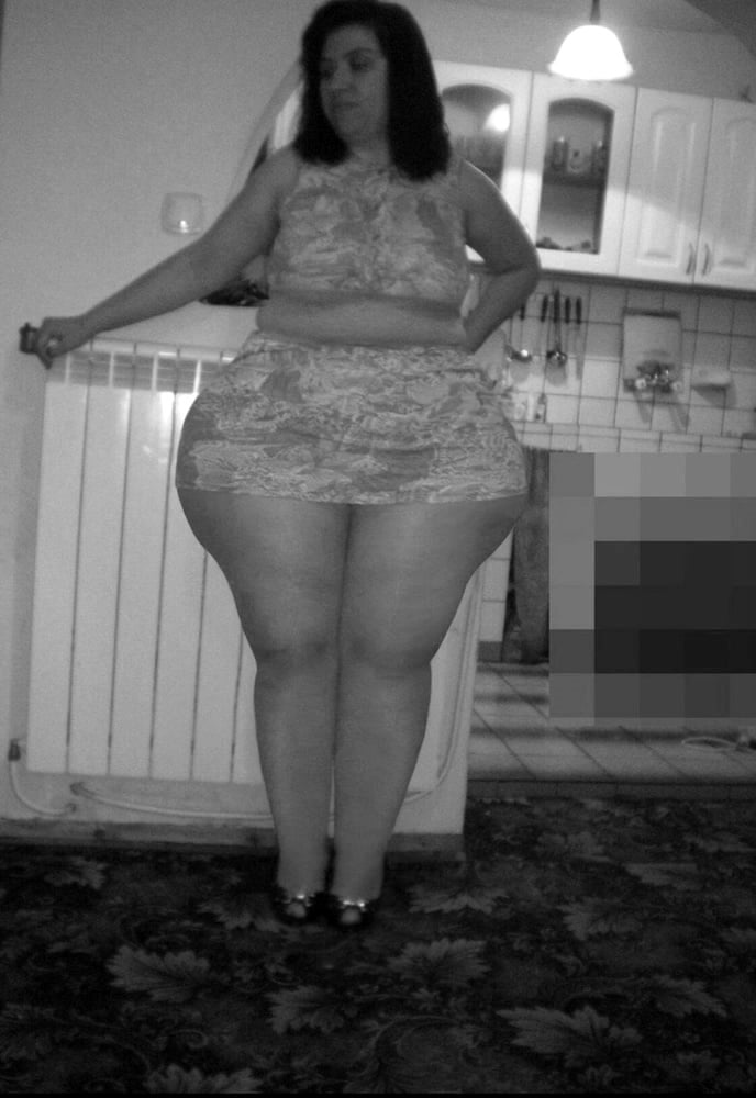 Her thick ass wanting young cock