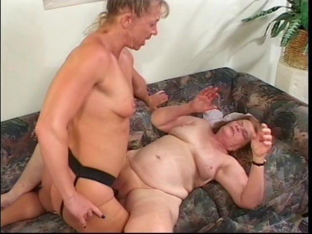 Lesbian - 43 Pics