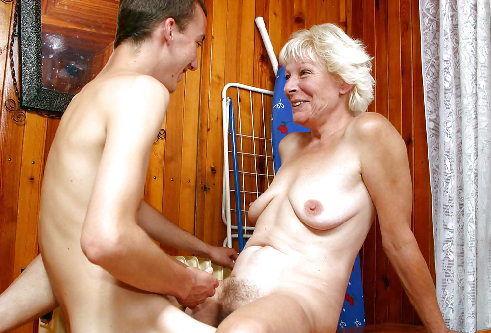Free mature hairy women videos