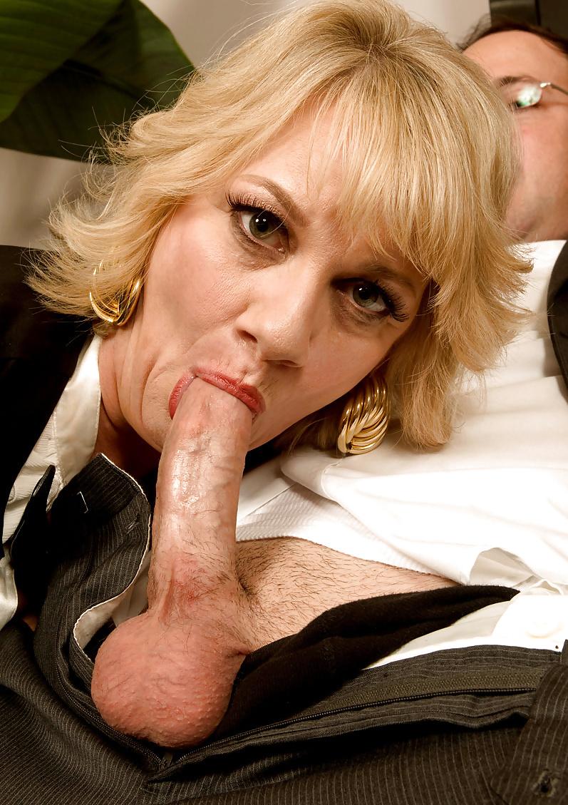 mature-cock-sucking-lessons-pics-of-porn-australian-girls